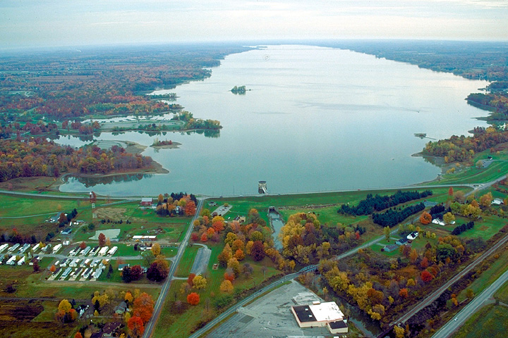 Aerial view of Mosquito Creek Lake
